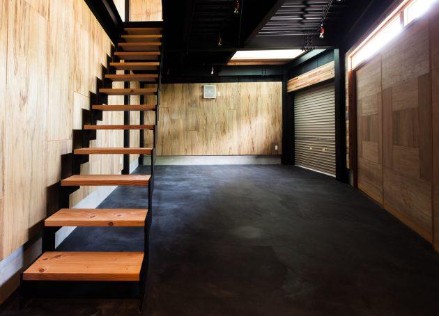イナズマ階段